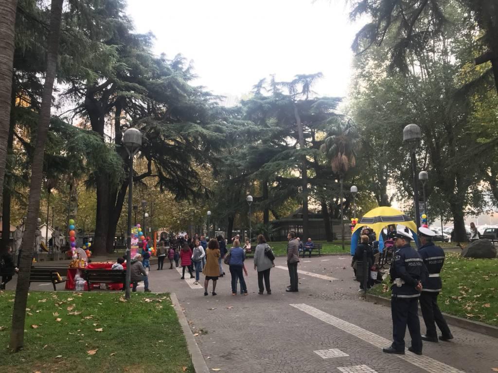 castagnata piazza del popolo