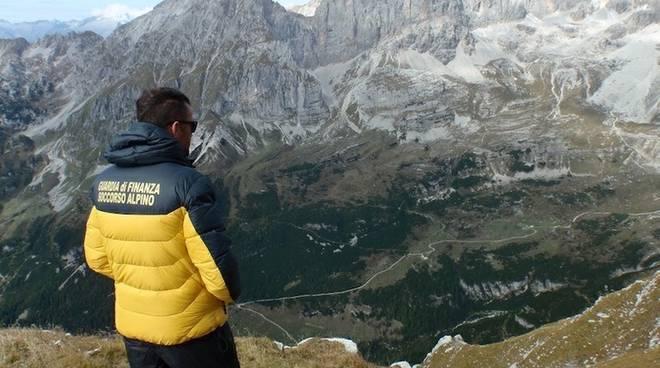 guardia di finanza soccorso alpino