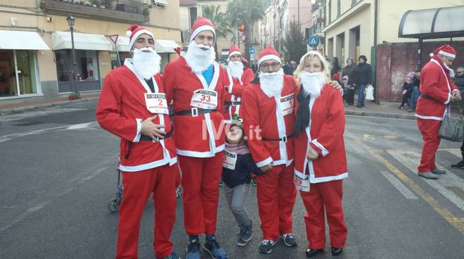 Corsa Babbi Natale Borghetto