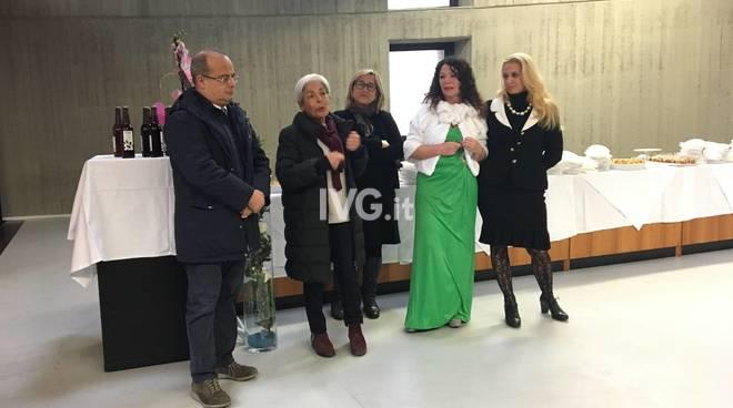 Rinfresco In Ufficio Per Pensionamento : La voce dei senior rinfresco allestito per i soci del centro