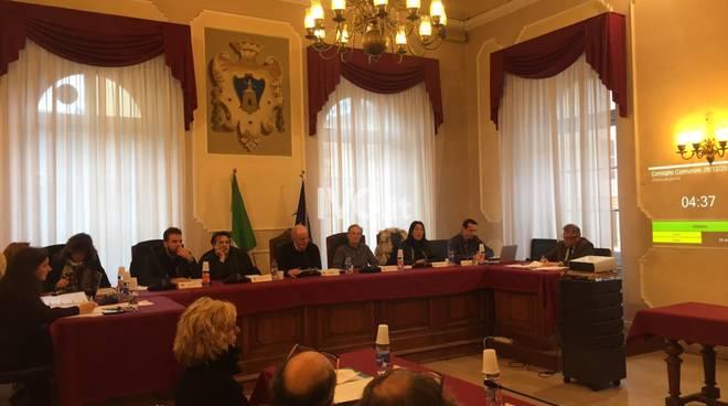 Alassio, un consiglio comunale infuocato approva la tassa di ...
