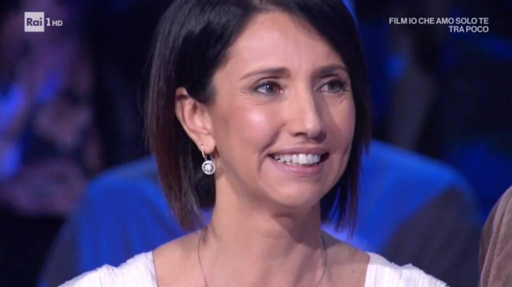 """La savonese Nunzia trionfa a """"I Soliti Ignoti"""" di Amadeus"""