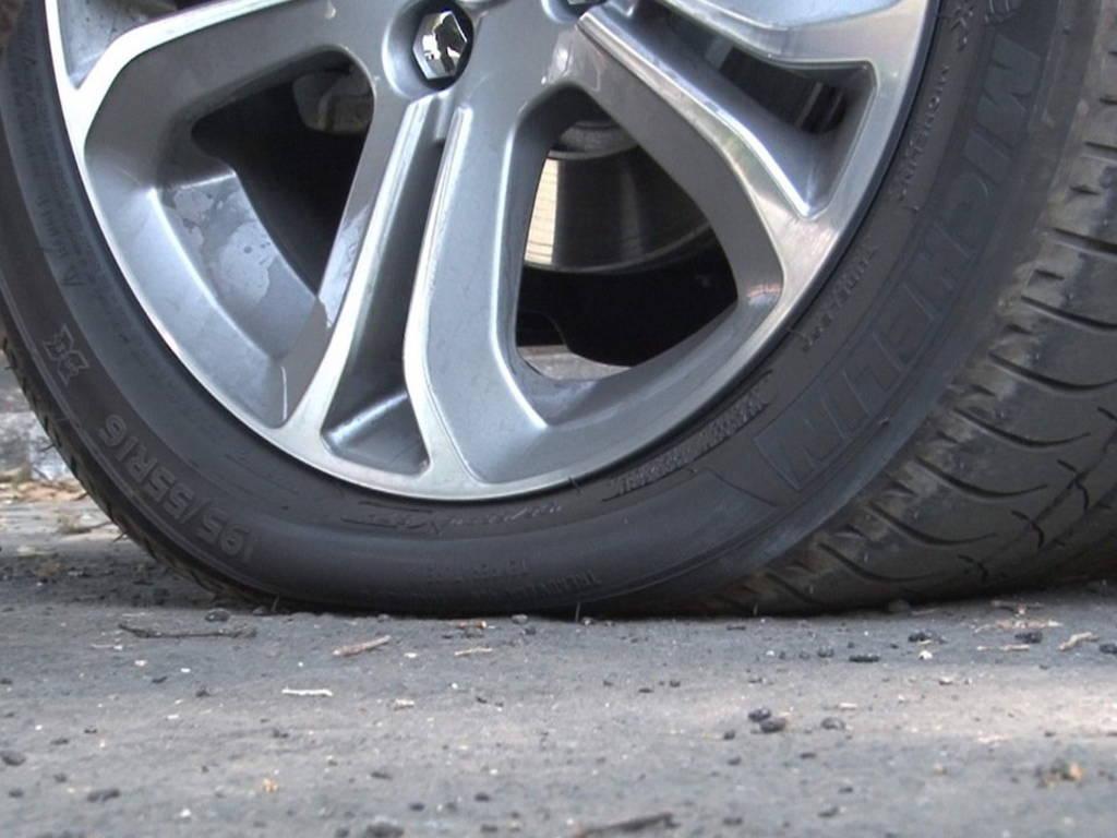 ruota pneumatico terra