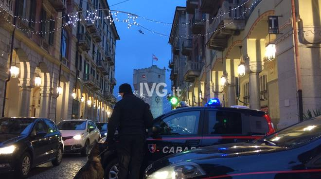 Savona, controlli dei carabinieri in centro
