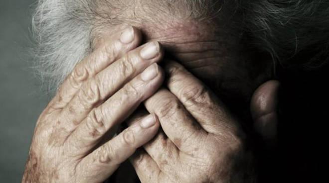 violenza anziani maltrattamenti