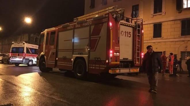 Genova, crolla soffitto centro accoglienza: 7 migranti feriti