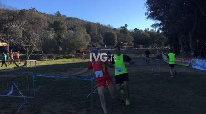 L\'Atletica Run Finale organizza il campionato regionale di corsa campestre a Le Manie