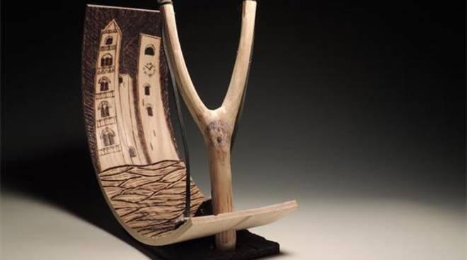 fionda di legno