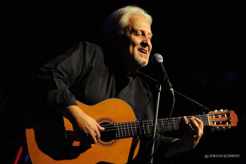 Gian Piero Alloisio musicista