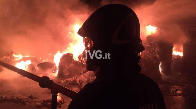 Incendio alla Fg Riciclaggi