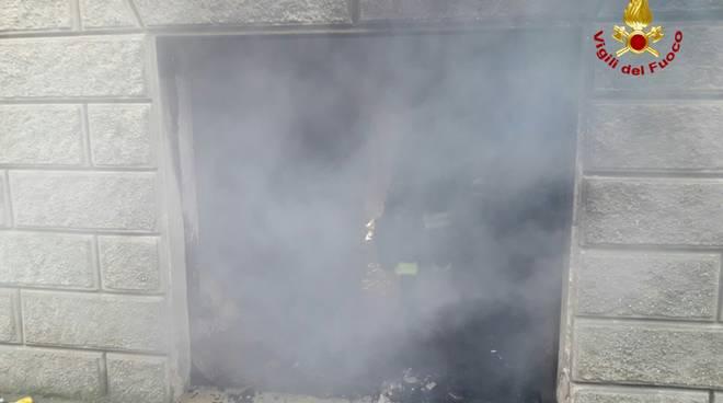 incendio garage toirano