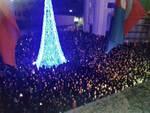 Le immagini delle feste di Capodanno in piazza nel savonese