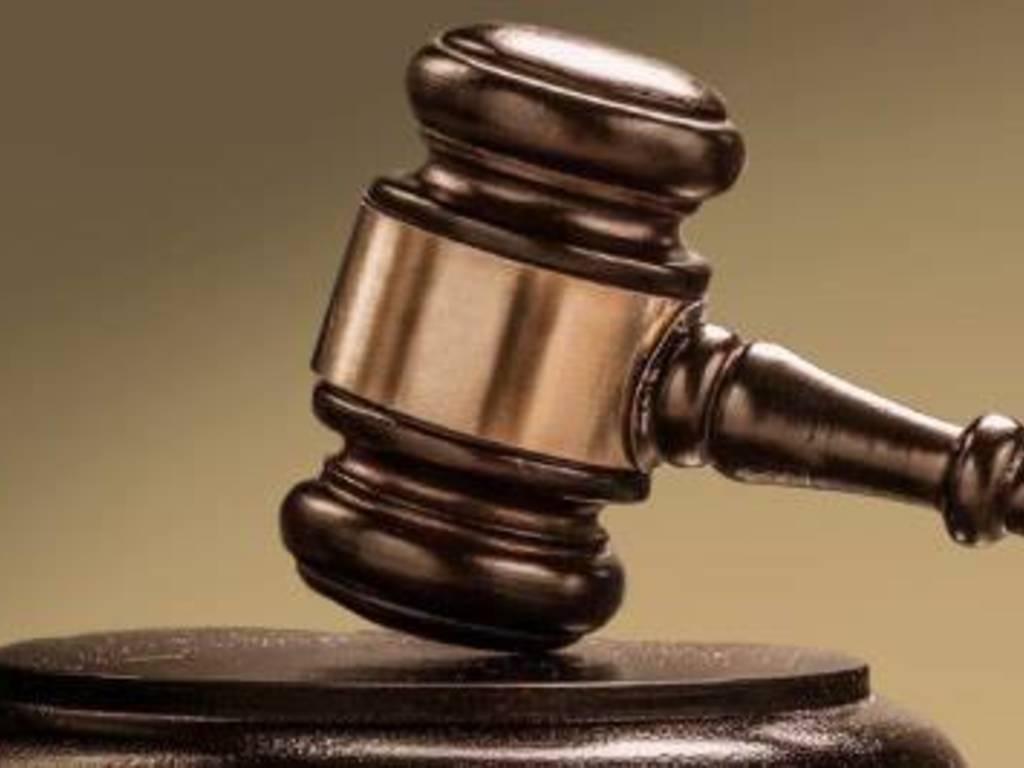 Martello giudice tribunale