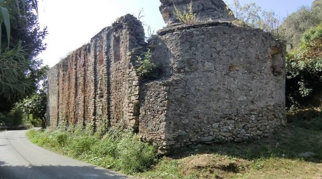 Chiesa Santi Pietro e Paolo Legino