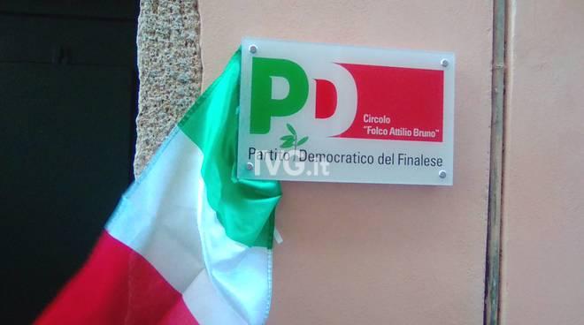 L'inaugurazione del nuovo circolo del Pd di Finale Ligure