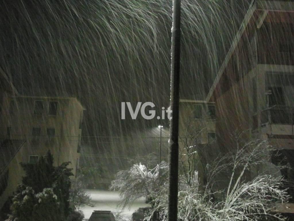 neve sera notte