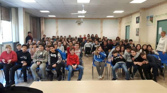 Alunni scuole Ollandini Alassio