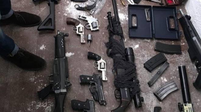 armi guardia di finanza