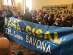 """I lavoratori di Tpl """"invadono"""" il consiglio comunale di Savona"""
