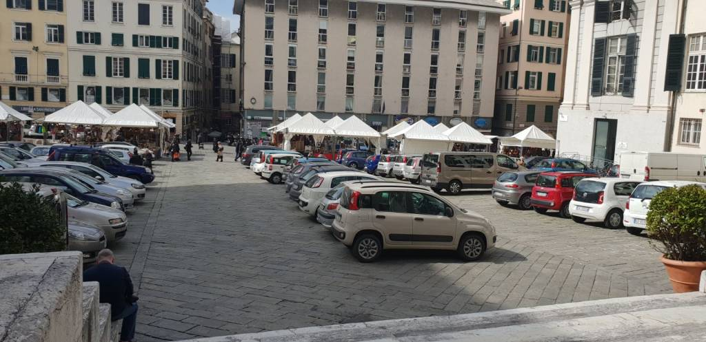 Matteotti parcheggio santo