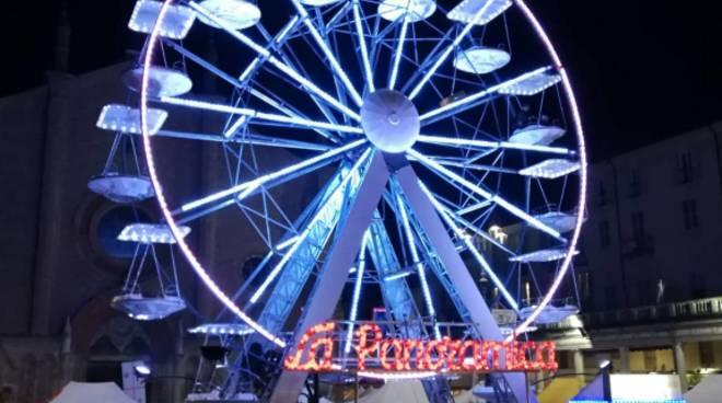 ruota panoramica a Borghetto