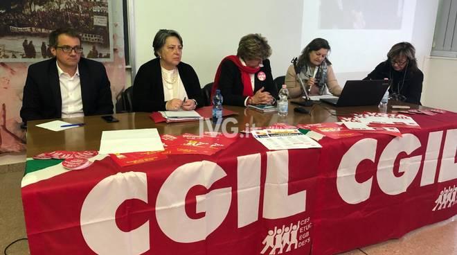 Susanna Camusso all'assemblea di Cgil Savona