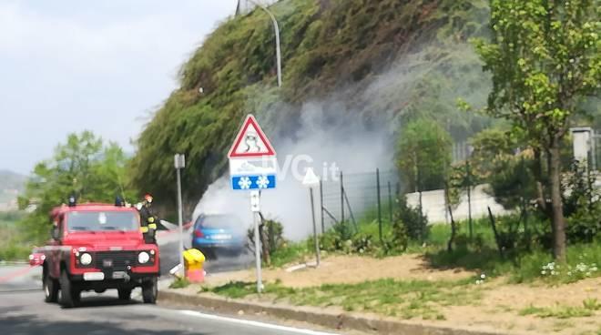 Incendio Auto Vispa