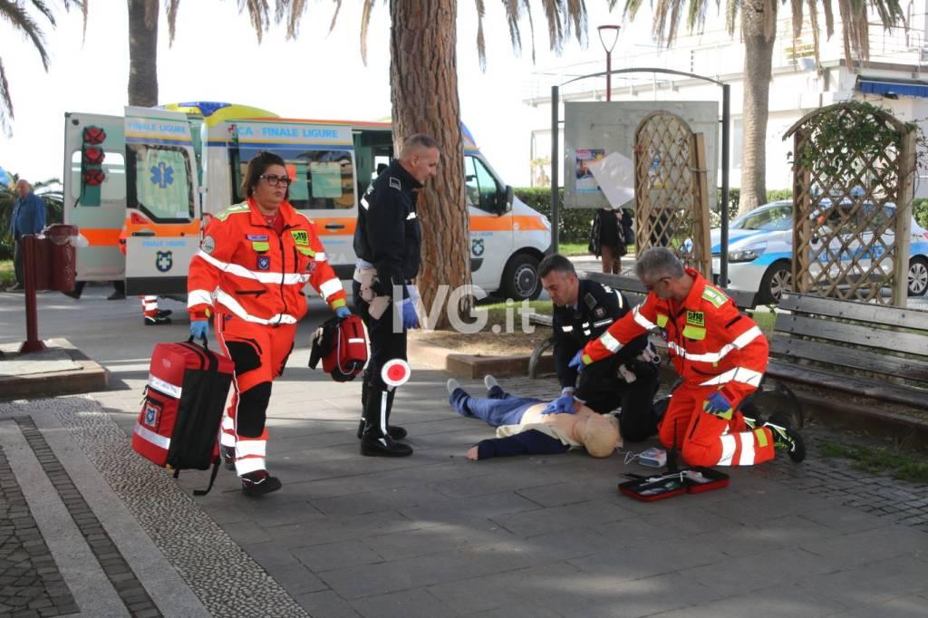 esercitazione defibrillatori