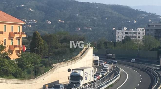incidente a10 coda galleria