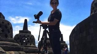 La filmmaker loanese Simone Berton fa il giro del mondo