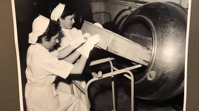 Lavoro Donne Mostra Albenga