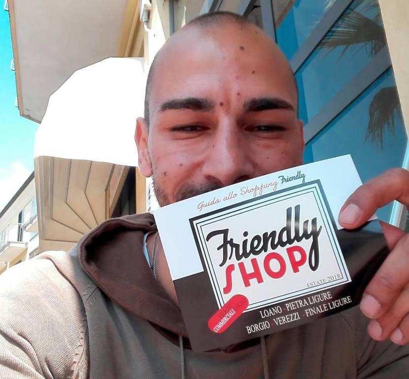 """FriendlyShop, la """"rete"""" di esercizi commerciali che regala sconti e vantaggi"""