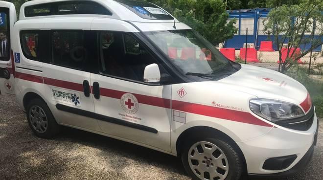 Loano, inaugurato il nuovo pulmino donato alla Croce Rossa di Visso (Macerata)