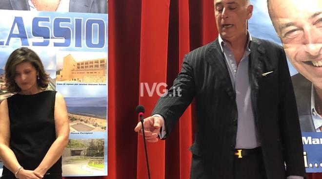Ufficio Turismo In Alassio : Se in mutande ci resta il comune trenette e mattoni