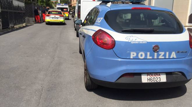 polizia ambulanza alassio