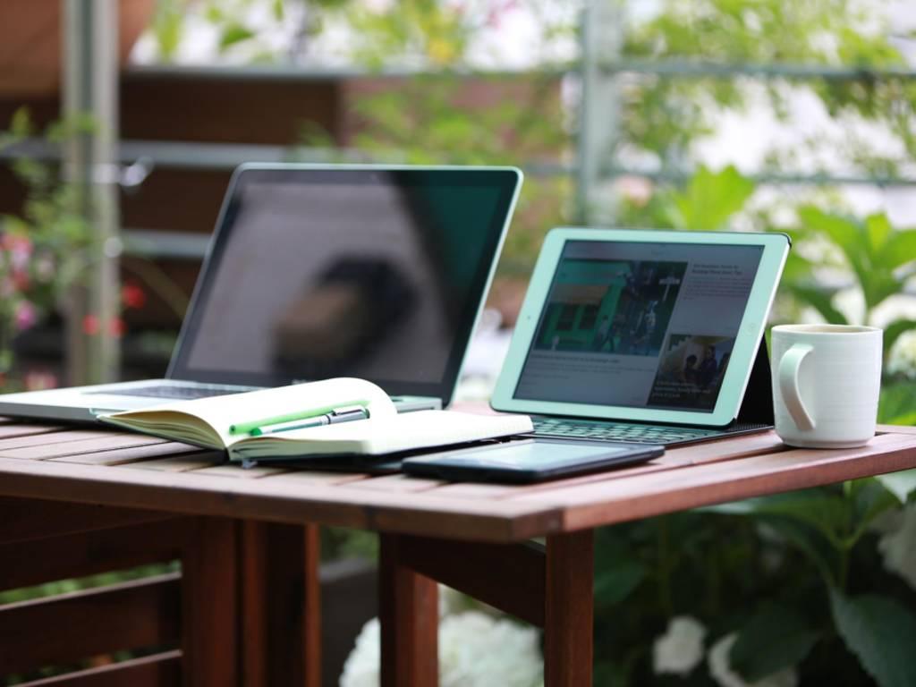 ufficio casa lavoro computer