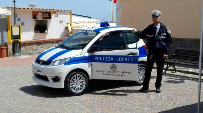 auto elettrica polizia municipale laigueglia