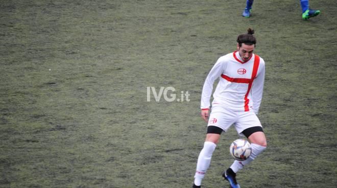 La nuova esperienza nel beach soccer per Samuele Sassari, giocatore del Bragno beach soccer