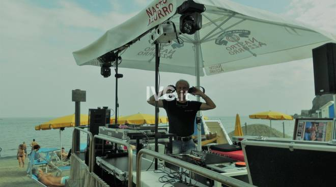 Blue Beach Summer Party con Dj Zàrin