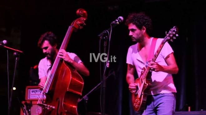Venerdì al Circolo ARCI Messico & Nuvole di Albenga: Rolando/Bacher_live in giardino