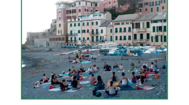 Al via la X edizione di Yoga in spiaggia a Genova Vernazzola - 19 giugno