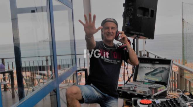 Dance Party con Dj Zàrin