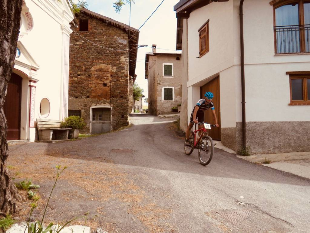 mountain bike cross country