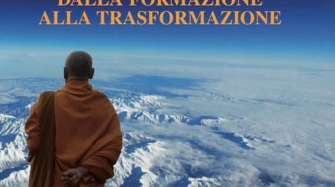 """Libro """"Yoga coaching, dalla formazione alla trasformazione"""""""