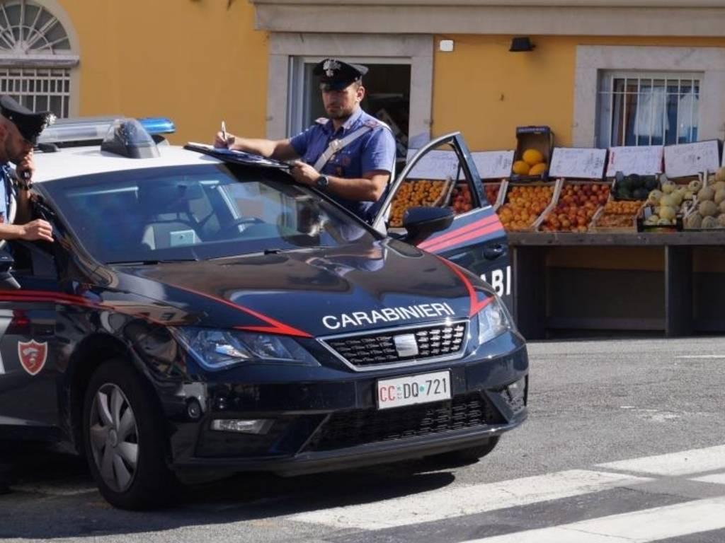 arenzano estorsione carabinieri