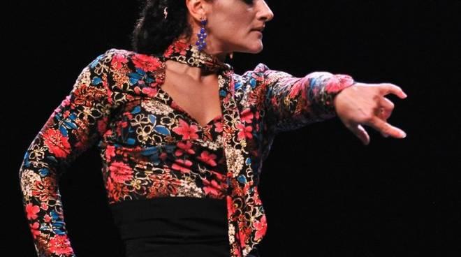 Simona Di Spirito ballerina flamenco