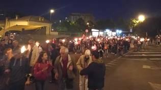 Domani sera a Savona fiaccolata antifascista a Villapiana: l\'appello dell\'ARCI