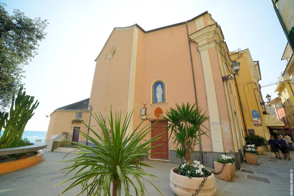 Chiesa Sant'Anna Alassio