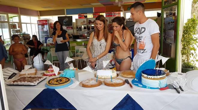 Gara torte Bagni Marinella AltroDomani Onlus
