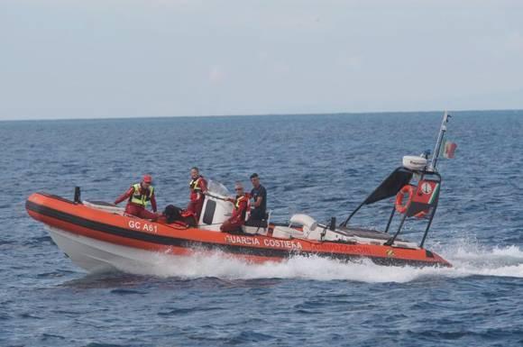 guardia costiera gommone